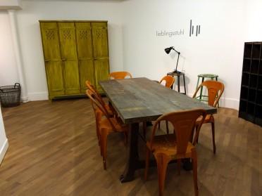 Industriemoebel Ausstellung Lieblingstuhl